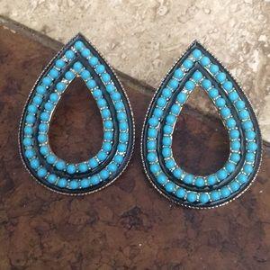Jewelry - Super unique teardrop earring